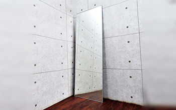 スタジオ・テクニコ・ホルムデザイン UTE 姿見全身鏡 ウォールミラーの写真